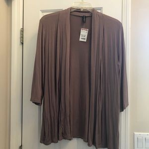 NWT Fleurette long sleeved cardigan. XL
